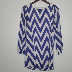 Everly blue and white chevron dress size S